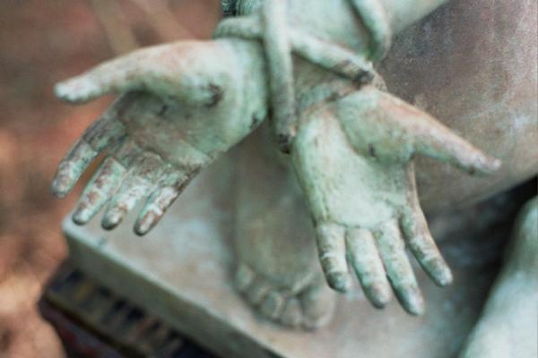 hands-37